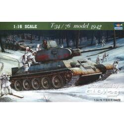Trumpeter T-34/76 Soviet Tank (1942) 1:16 (905)