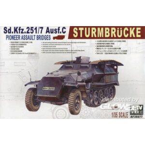AFV Club SDKFZ 251/7 AUSF C PIONNIER 1:35 (AF35077)