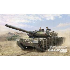 Hobby Boss Leopard 2A6M CAN 1:35 (82458)