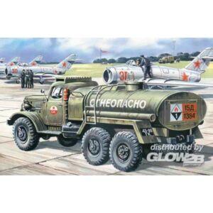 ICM Russian military truck Zil-157 tanker 1:72 (72561)