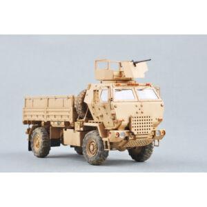 Trumpeter M1078 LMTV (Armor CAB) 1:35 (1009)