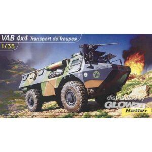 Heller Truppentransporter VAB 4x4 1:35 (81130)