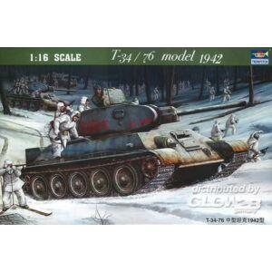 Trumpeter T-34/76 Soviet Tank (1942) 1:16 (00905)