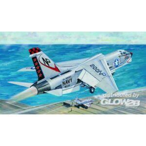 Trumpeter F-8J Crusader 1:32 (02273)