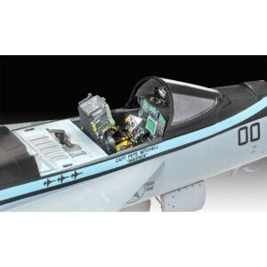 Revell F/A-18E Super Hornet Top Gun 1:48 (3864)