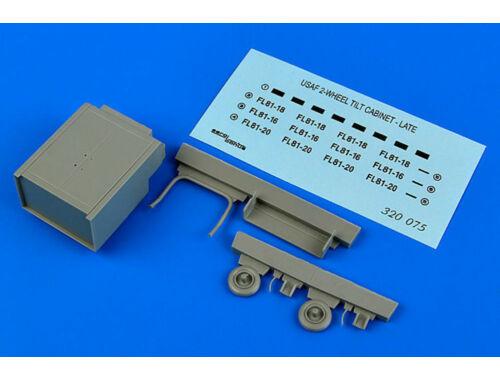 Aerobonus USAF 2-wheel tilt cabinet - late 1:32 (320.075)
