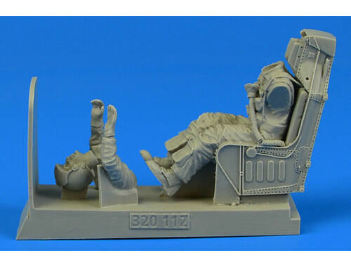 Aerobonus US Navy Pilot for A-4 with ejection seat for Trumpeter/Hasegawa 1:32 (320.112)