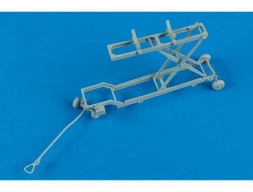 Aerobonus Soviet weapons loading cart 1:48 (480.048)