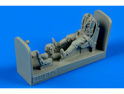 Aerobonus Russian WWII pilot with seat for P-39 Ai 1:48 (480.076)