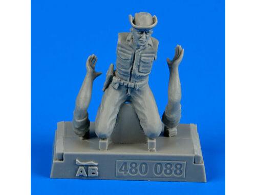 Aerobonus U.S.A.F. Maintenance crew-farm gate oper 1:48 (480.088)