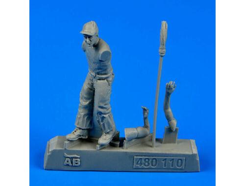 Aerobonus U.S.Army aircraft mechanic WWII-PacificT 1:48 (480.110)