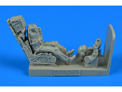 Aerobonus US Navy Fighter/Attack Pilot w.ejection seat for F/A-18E/F 1:48 (480.176)