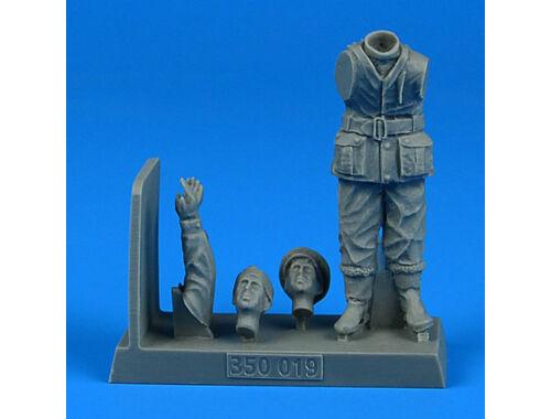 Aerobonus British WW2 Sailor for the HMS X-craft submarine for MERIT 1:35 (350.019)