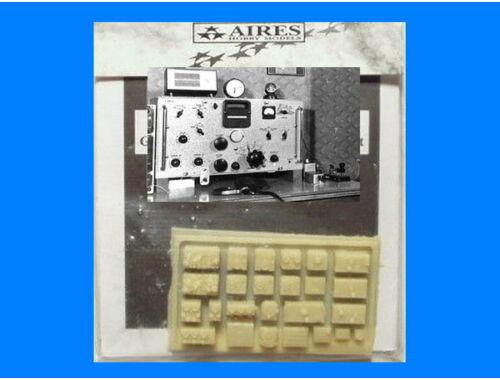 Aires German WW II Aircraft radio set 1:72 (7047)