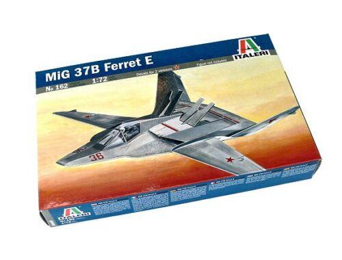 Italeri MiG 37B Ferret E 1:72 (162)