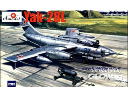 Amodel Yakovlev Yak-28L Soviet bomber 1:72 (72102)