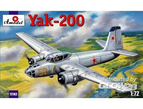 Amodel Yak-200 Soviet trainer aircraft 1:72 (72162)