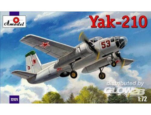 Amodel Yak-210 Soviet trainer aircraft 1:72 (72171)