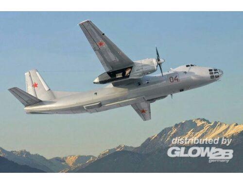 Amodel Antonov An-30 1:72 (72220)