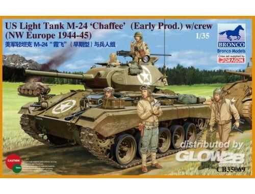 Bronco US Light Tank M-24 Chaffee (WWII Prod.) 1:35 (CB35069)
