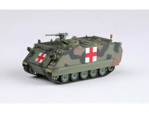 Easy Model M113A2 US Army Red Cross 1:72 (35007)