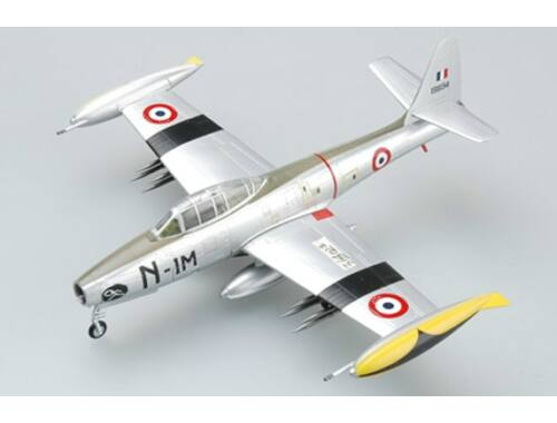 F-84G-6 (51-9894) French Air Force 1952 1:72