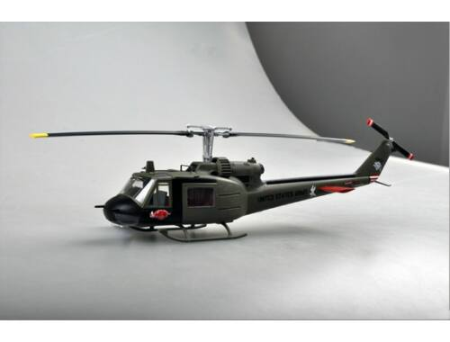 Easy Model UH-1C of the 120th AHC,3rd platoon,1969 1:48 (39316)