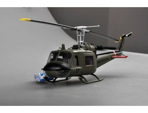 """Easy Model UH-1C 57th Aviation Company""""Cougars"""" 1970. 1:48 (39320)"""