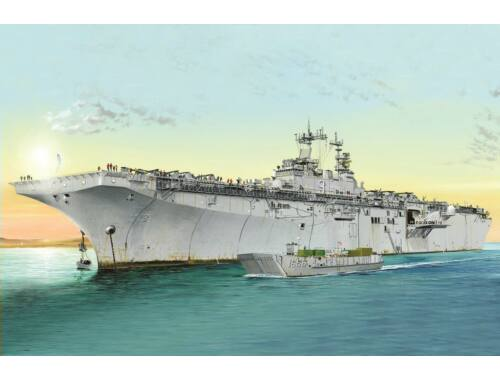Hobby Boss USS Kearsarge LHD-3 1:700 (83404)