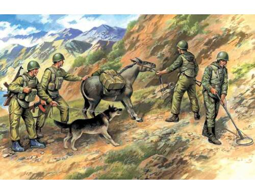 ICM Soviet pioneers Afghanistan 1979-1987 1:35 (35031)