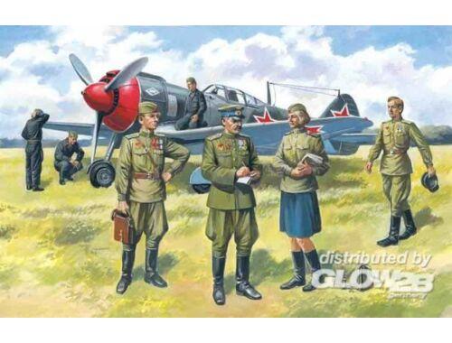 ICM Soviet pilots   ground personnel 1943-44 1:48 (48084)