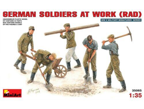 Miniart German Soldiers at Work ( RAD) 1:35 (35065)
