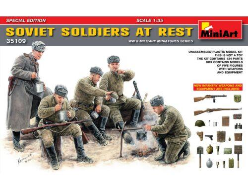 Miniart Soviet Gun Crew at Rest. Special Edition 1:35 (35109)