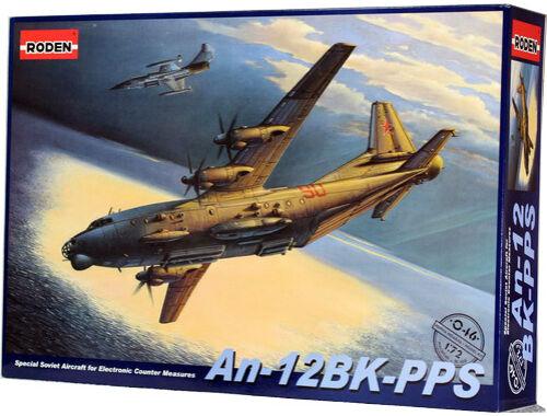 Roden An-12 BK-PPS 1:72 (046)