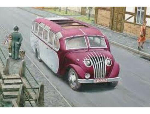 """Roden Opel Blitzbus """"Straßenzepp Essen"""" 1:72 (725)"""