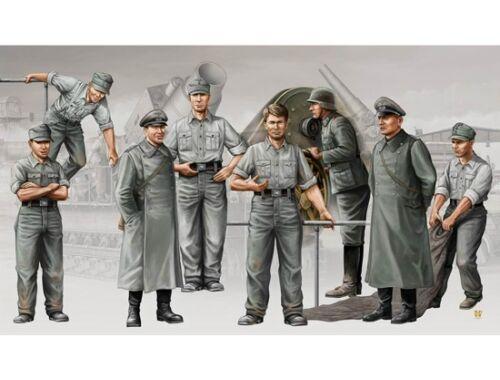Trumpeter Deutsche Artillerie Besatzung für Mörser Karl 1:35 (00409)