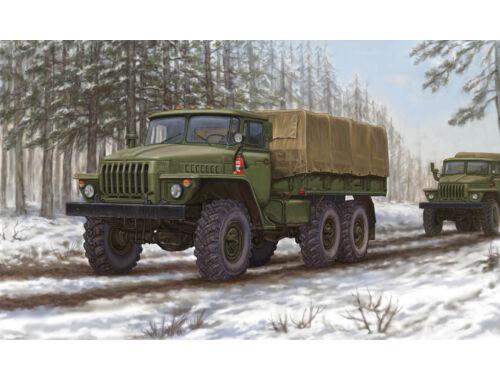 Trumpeter Russian URAL-4320 Truck 1:35 (1012)