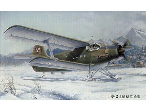 Trumpeter Antonov An-2 Colt on skies 1:72 (01607)