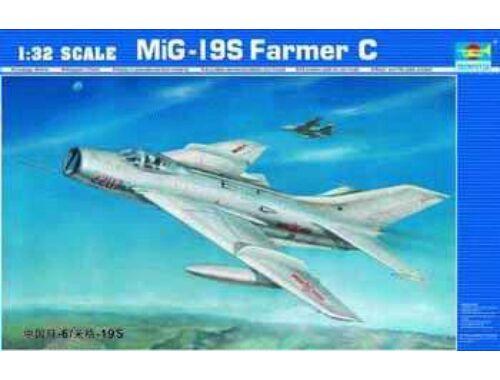 Trumpeter MiG-19 S Farmer C 1:32 (02207)