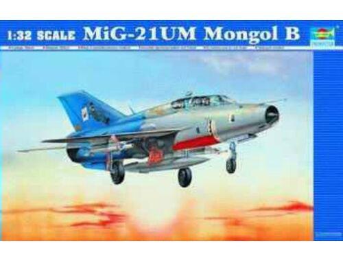 Trumpeter MiG-21 UM 1:32 (02219)