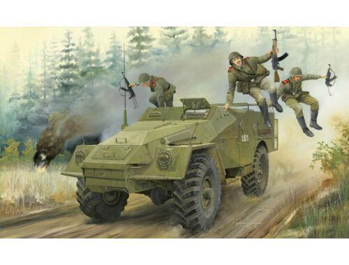 Trumpeter Russian BTR-40 APC 1:35 (5517)