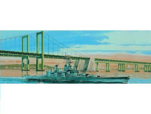 Trumpeter Aircraft Carrier USS New Jersey BB-62 1983 1:700 (5702)