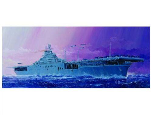 Trumpeter USS Essex CV-9 1:700 (05728)