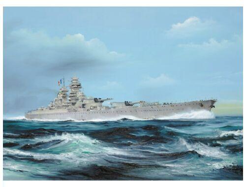 Trumpeter French Navy Richelieu 1949 1:700 (5751)