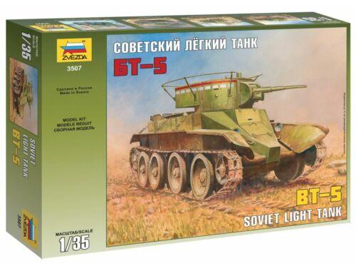 Zvezda BT-5 szovjet könnyű harckocsi 1:35 (3507)