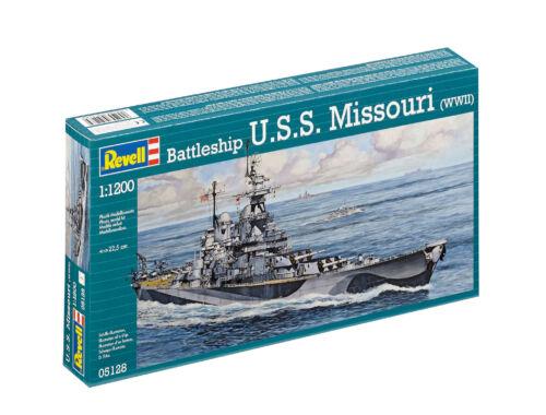 Revell Battleship U.S.S. Missouri (WWII) 1:1200 (5128)