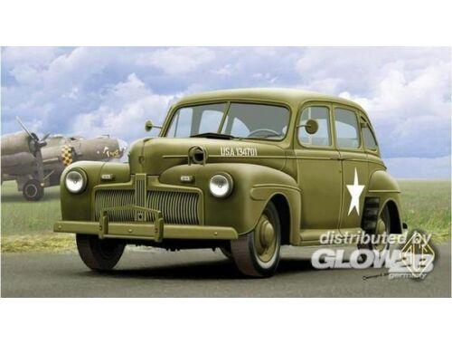 ACE US Army Staff Car model 1942 1:72 (72298)