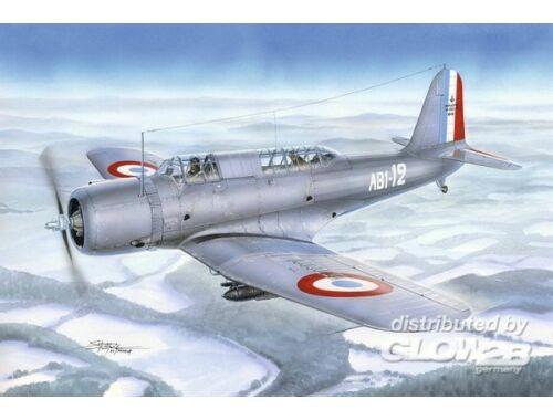 Azur V-156F Vindicator in Aeronavale Service 1:72 (A113)