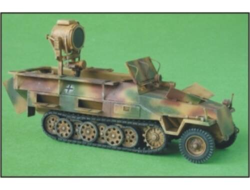 CMK Sd.Kfz.251/20 Ausf.D UHU - conv.set for HAS 1:72 (2014)