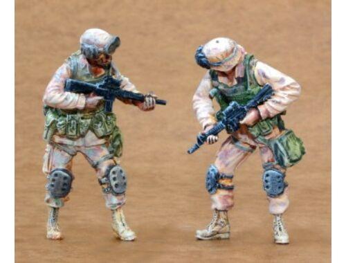 CMK US Infantry Freedom Iraq part III (2 fig.) 1:35 (F35165)
